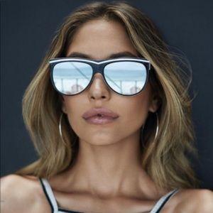 NEW Quay Australia Hollywood nights sunglasses
